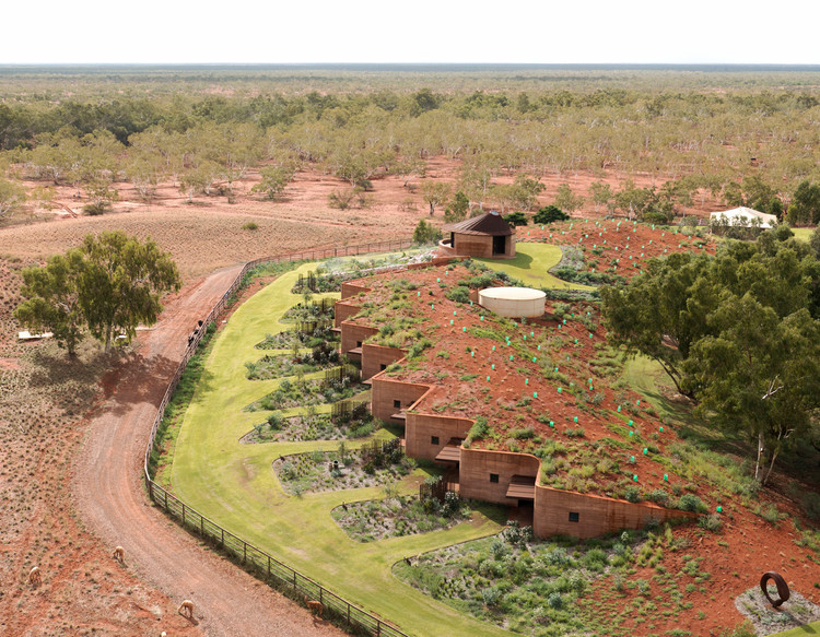 The Great Wall of WA / Luigi Rosselli. Image © Edward Birch