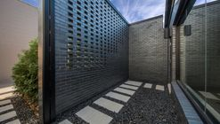 Royal House Recording / Saroki Architecture