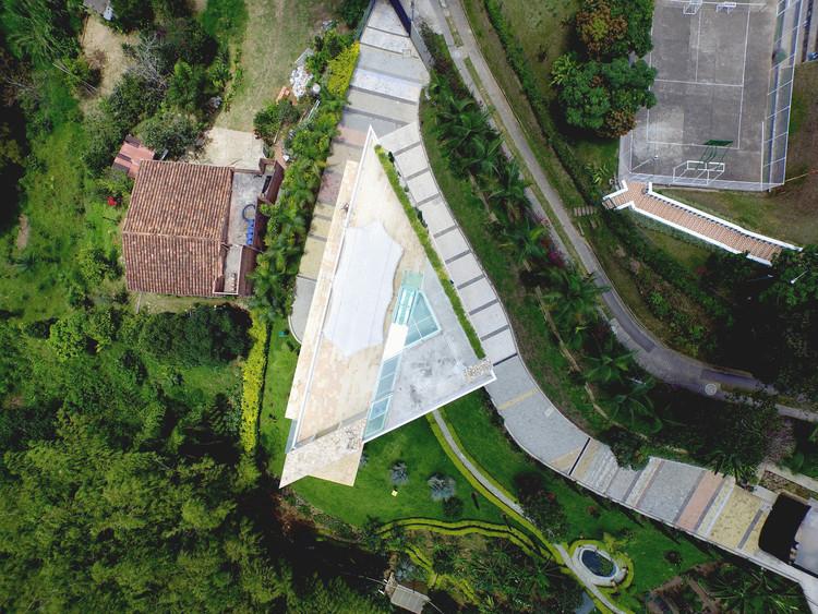 Casa La Mina  / Carlos Eduardo Molina , © Camilo Navarro, Carlos Molina