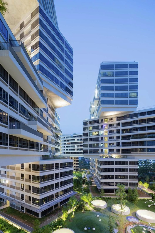 Ganador 2015 del World Building of the Year: The Interlace (Singapore) / OMA y Ole Scheeren. Imagen © Iwan Baan