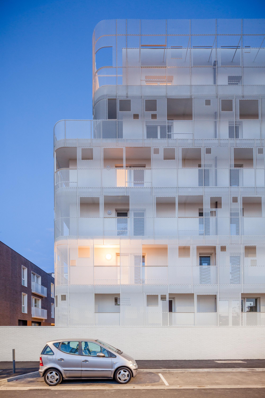 gallery of vigneux sur seine housing margot duclot architectes associ s 9. Black Bedroom Furniture Sets. Home Design Ideas