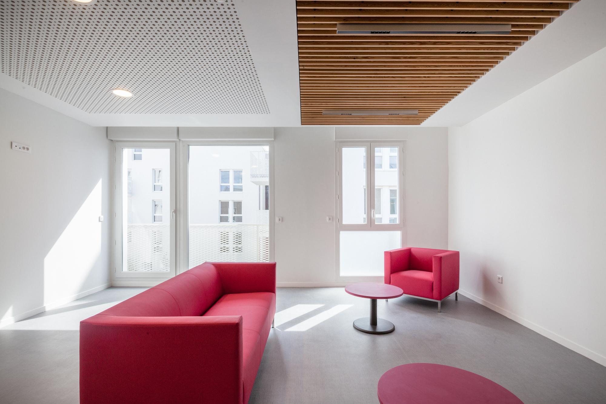 gallery of vigneux sur seine housing margot duclot architectes associ s 5. Black Bedroom Furniture Sets. Home Design Ideas