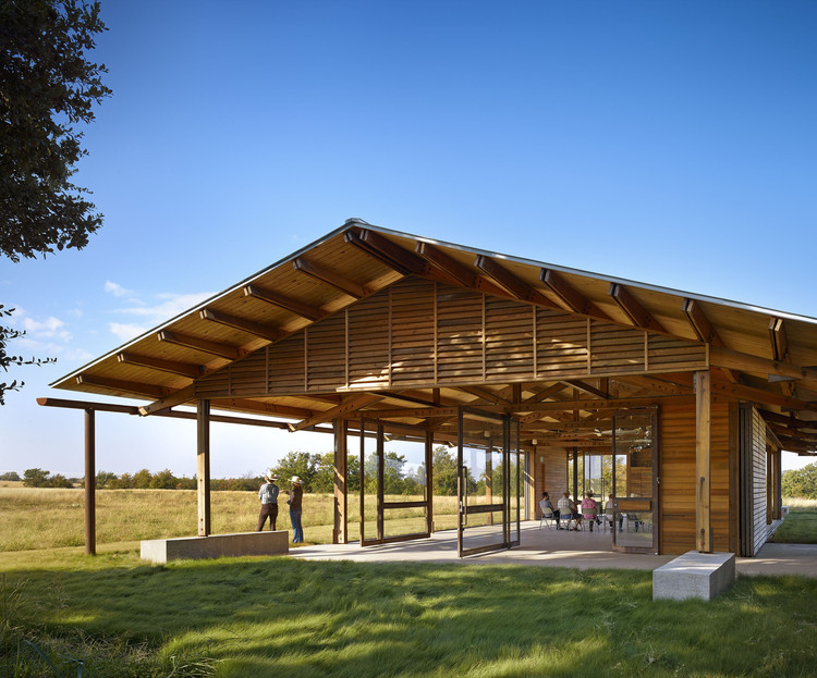 The Dixon Water Foundation Josey Pavilion, designed by Lake|Flato Architects, a 2016 AIA/Cote Top Ten winner. Image © Casey Dunn