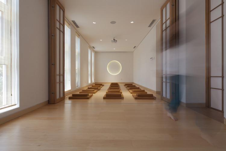 Sala de Meditación. Imagen © Zou Bin