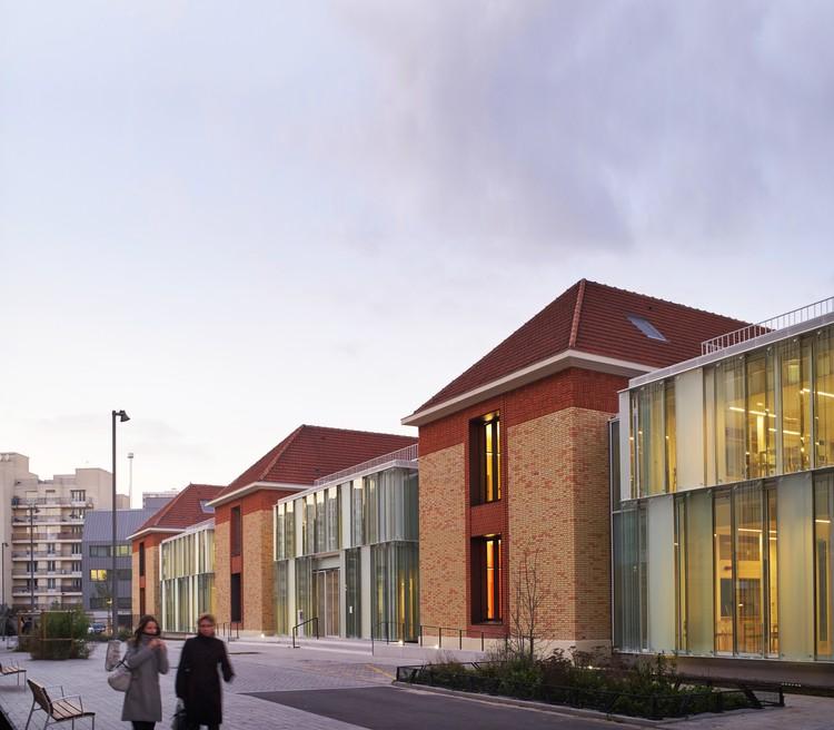 Hospital Complex Broussais  / a+ samueldelmas, © Julien Lanoo