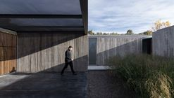 House in Palihue  / Bernardo Rosello