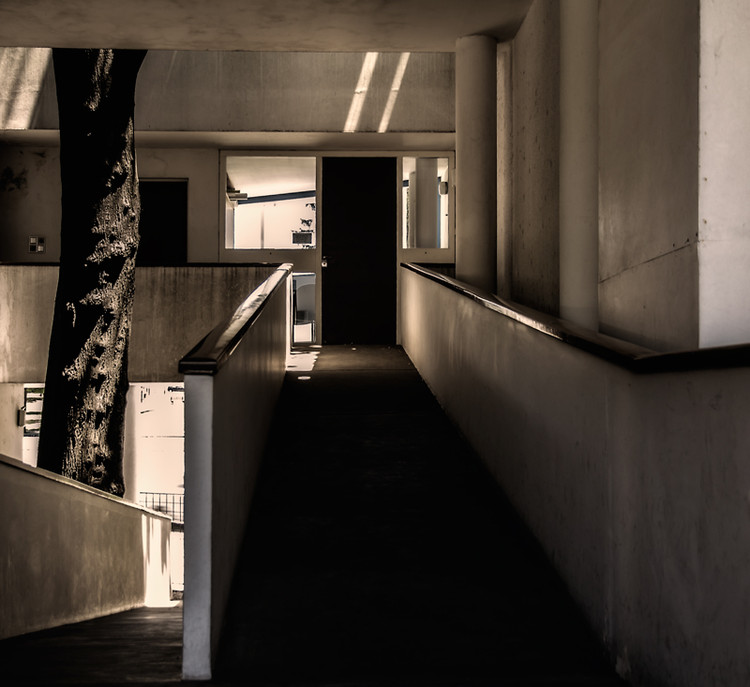 Rampa Casa Curutchet. Image vía © Wikipedia User: Jotaenege Licensed under CC BY-SA 3.0
