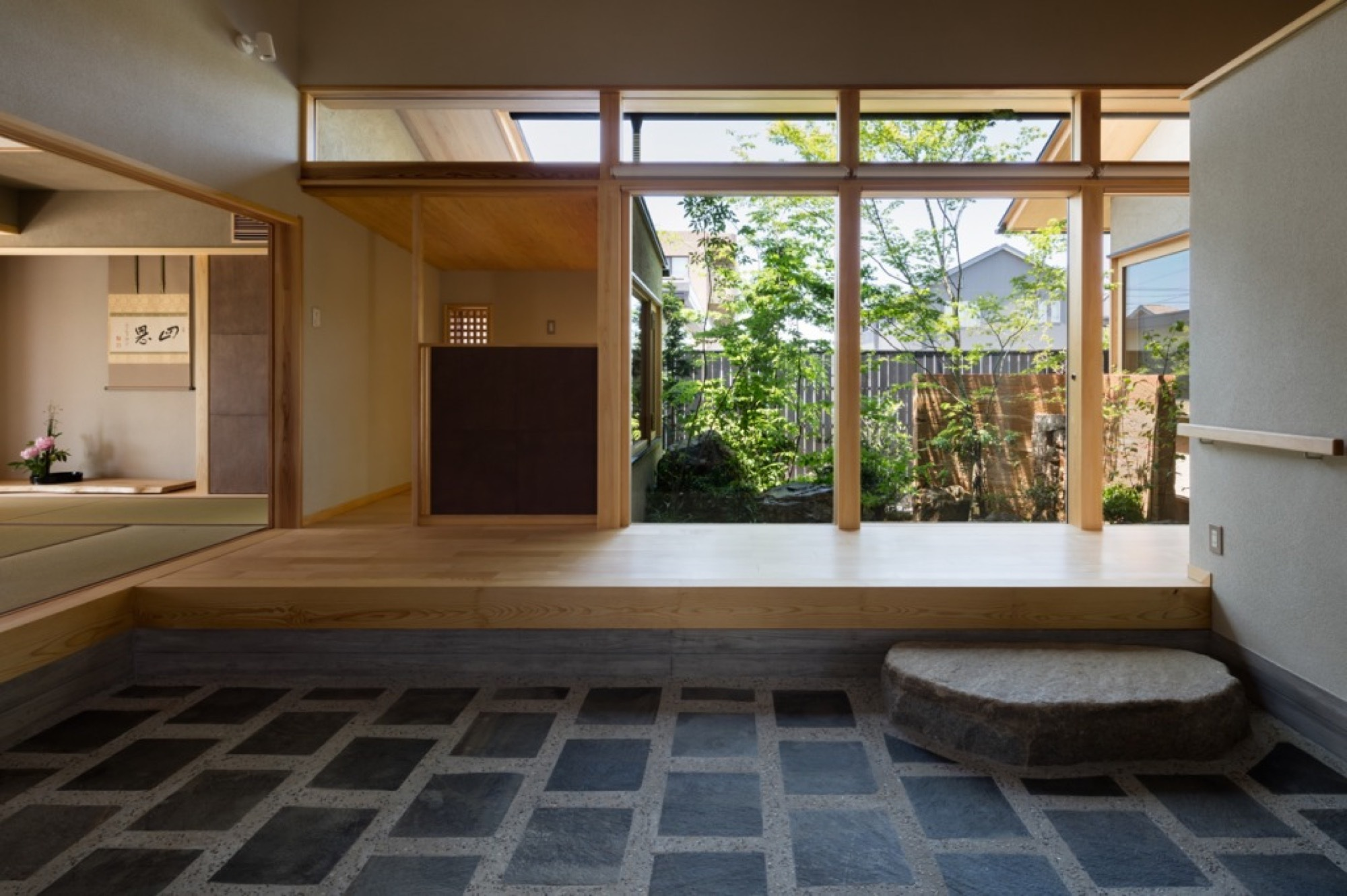 house with a doma salon takashi okuno architectural design office shigeo ogawa architectural design office