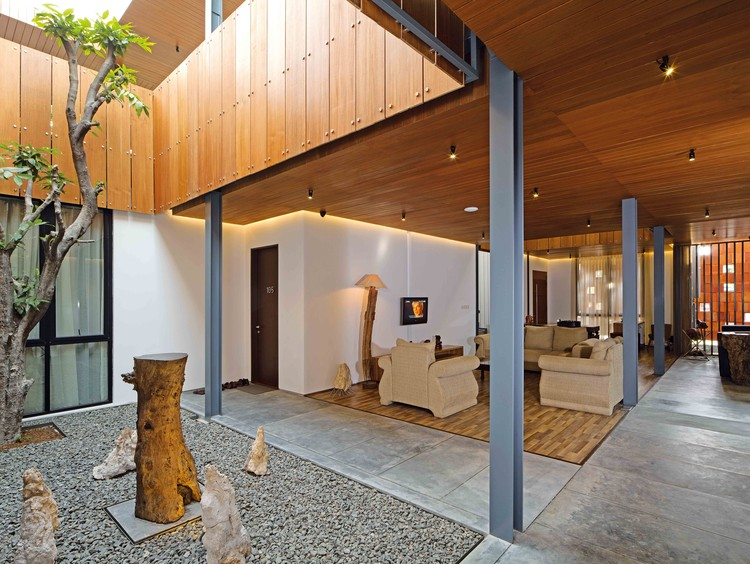 Akanaka / RAW Architecture, Cortesía de Ahkamal Hakim