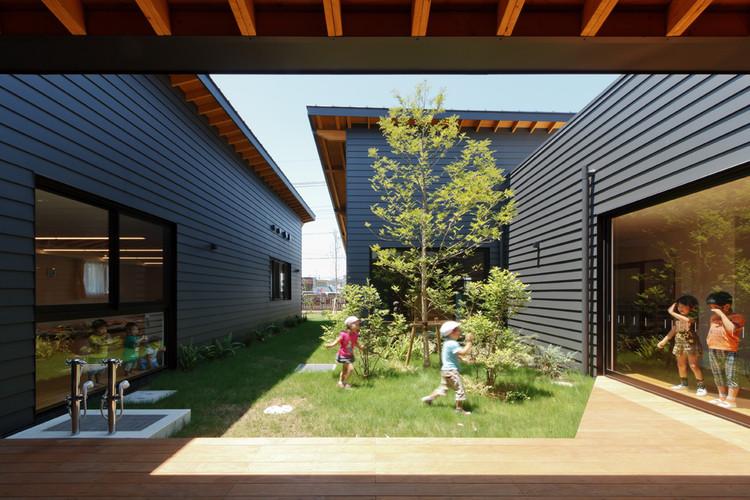 ST Nursery / HIBINOSEKKEI  + Youji no Shiro, © Studio Bauhaus - Ryuji Inoue