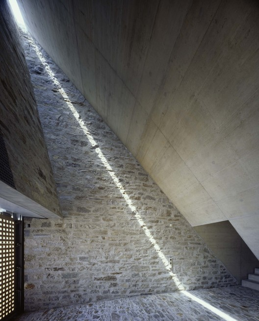 Edificio en Brione / Wespi de Meuron Romeo Architects, © Hannes Henz
