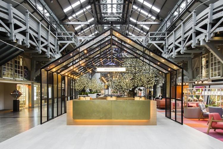 Hassell, Ovolo Woolloomooloo, Sydney, Australia. Imagen cortesía de INSIDE