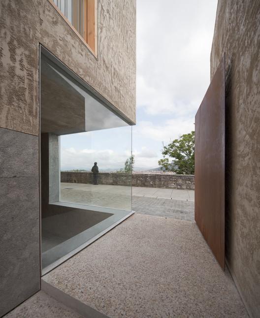 © Pedro Pegenaute. ImageViviendas para realojos en el Casco Histórico de Pamplona / Pereda | Pérez | Arquitectos