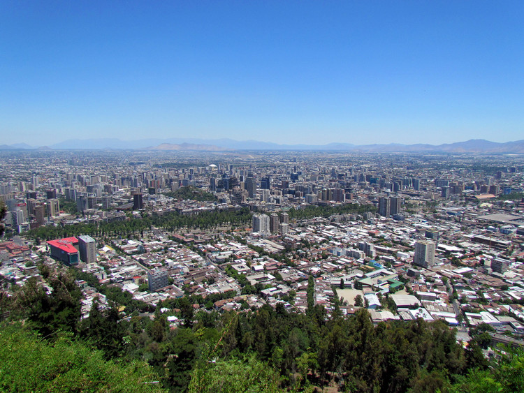 Santiago, Chile. Image © Flickr Usuario: David Berkowitz. Licencia CC BY 2.0