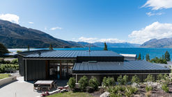 The Webby House  / Condon Scott Architects Ltd