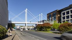 Moody Pedestrian Bridge  / Rosales + Partners Architects Engineers
