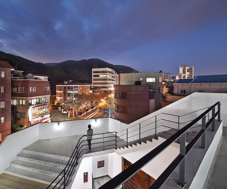 Patio Namsan / Architects Group RAUM, © Yoon Joon-hwan