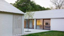 House in the Woods / Studio Nauta