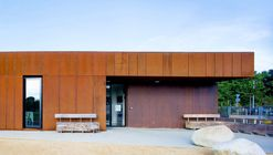Nenagh Leisure Centre and Town Park / ABK Architects