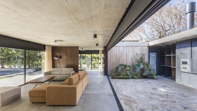 Casa en San Carlos / Marcelo Del Torto + Torrado Arquitectos, © Fernando Schapochnik