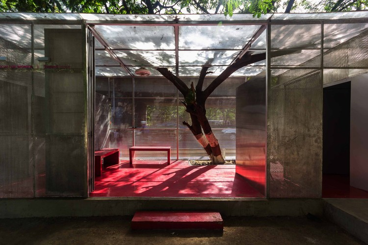 The light box rohan chavan archdaily for Rohan design