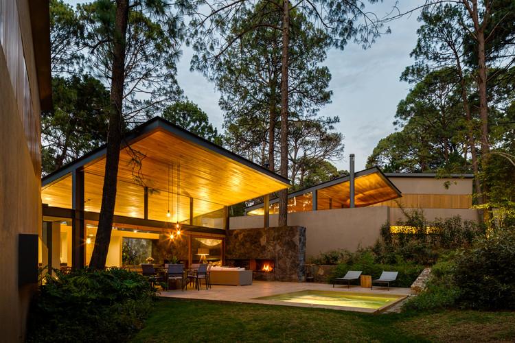 Cinco Casas / Weber Arquitectos, © Rafael Gamo