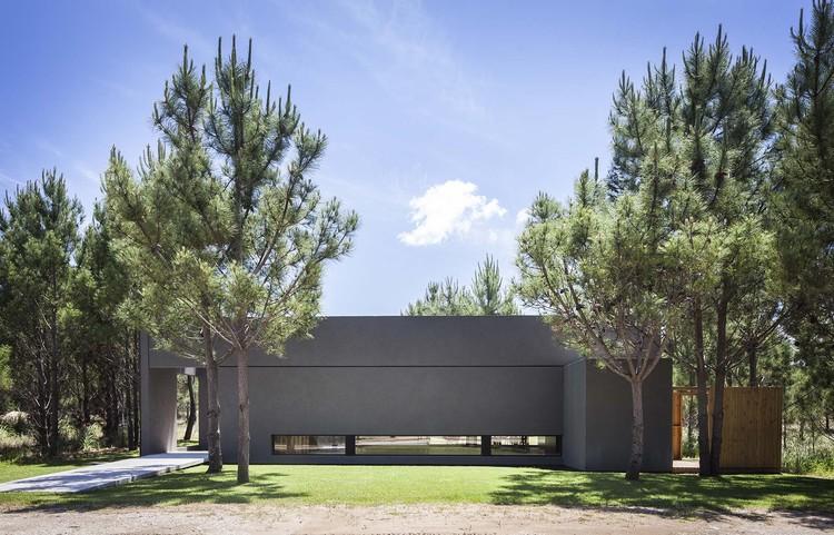 Casa L  / Estudio PKa , © Alejandro Peral