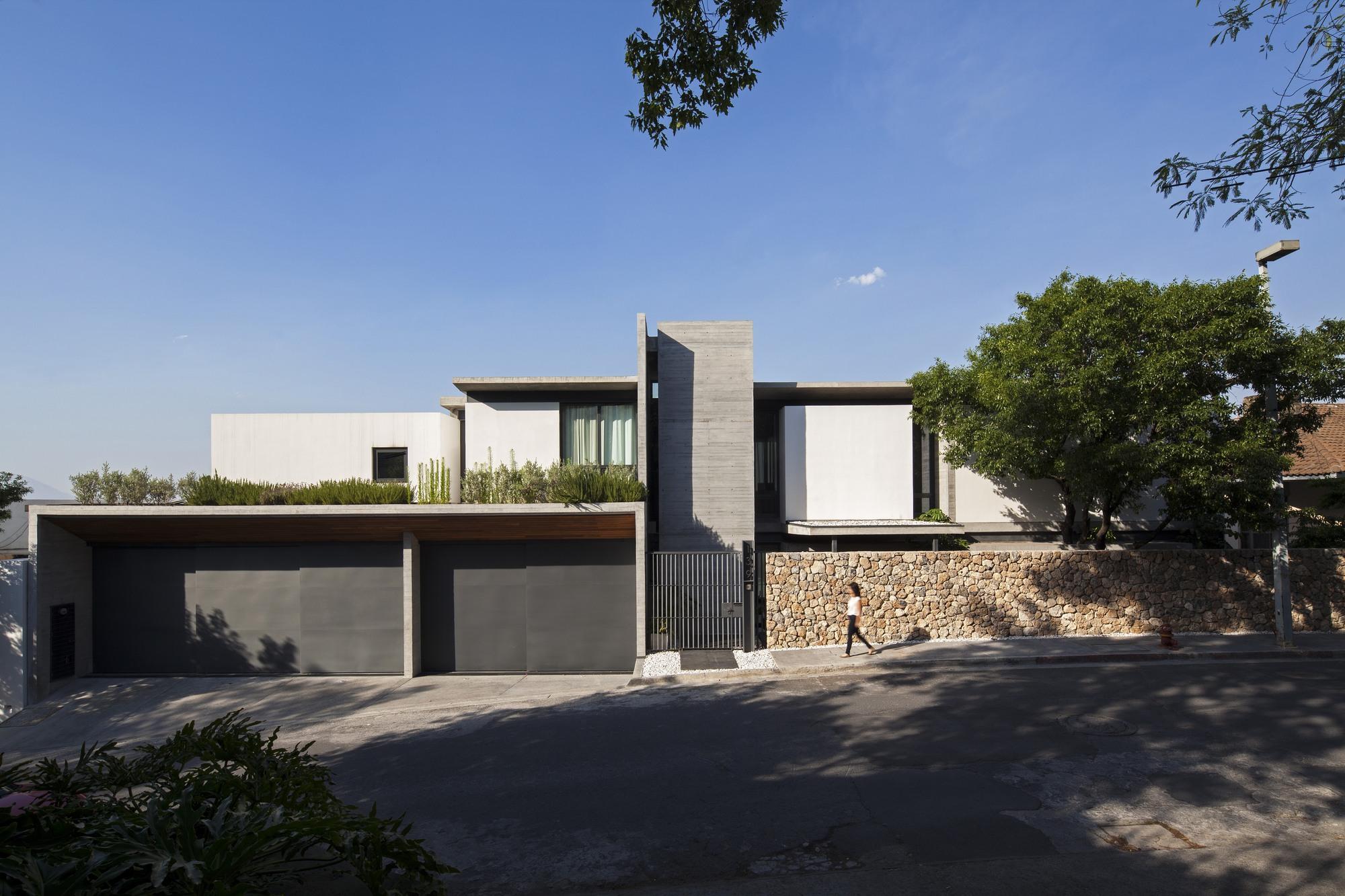 El escorial greenfield archdaily m xico - Estudios de arquitectura en bilbao ...