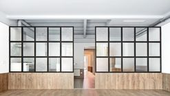 Tamarit Apartment / RAS Arquitectura