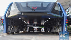 China's Futuristic Straddling Bus Becomes a Reality, Begins Testing Period