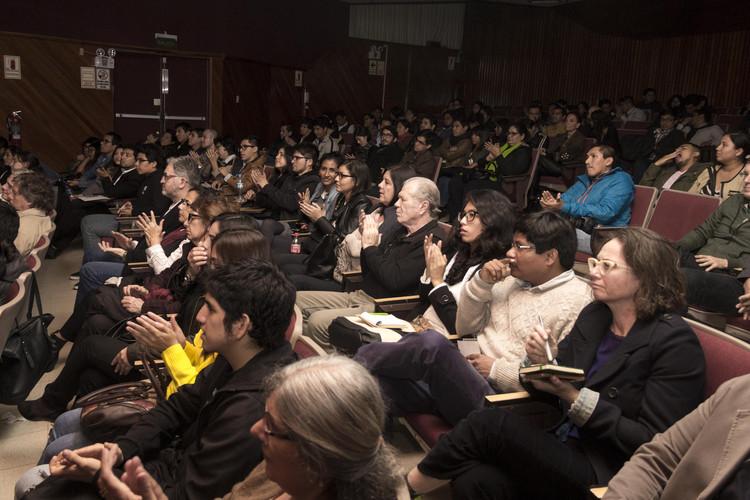 Asistentes al evento. Image Cortesía de Organizadores del evento I Encuentro de Crítica de Arquitectura Peruana