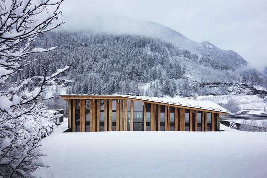 Mont-Blanc Base Camp. Image Courtesy of kengo kuma & associates