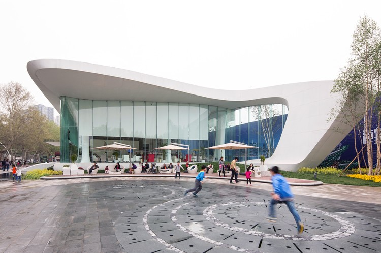 Centro de ventas Haishang Plaza / Amphibian Arc, © Zhejia Dai