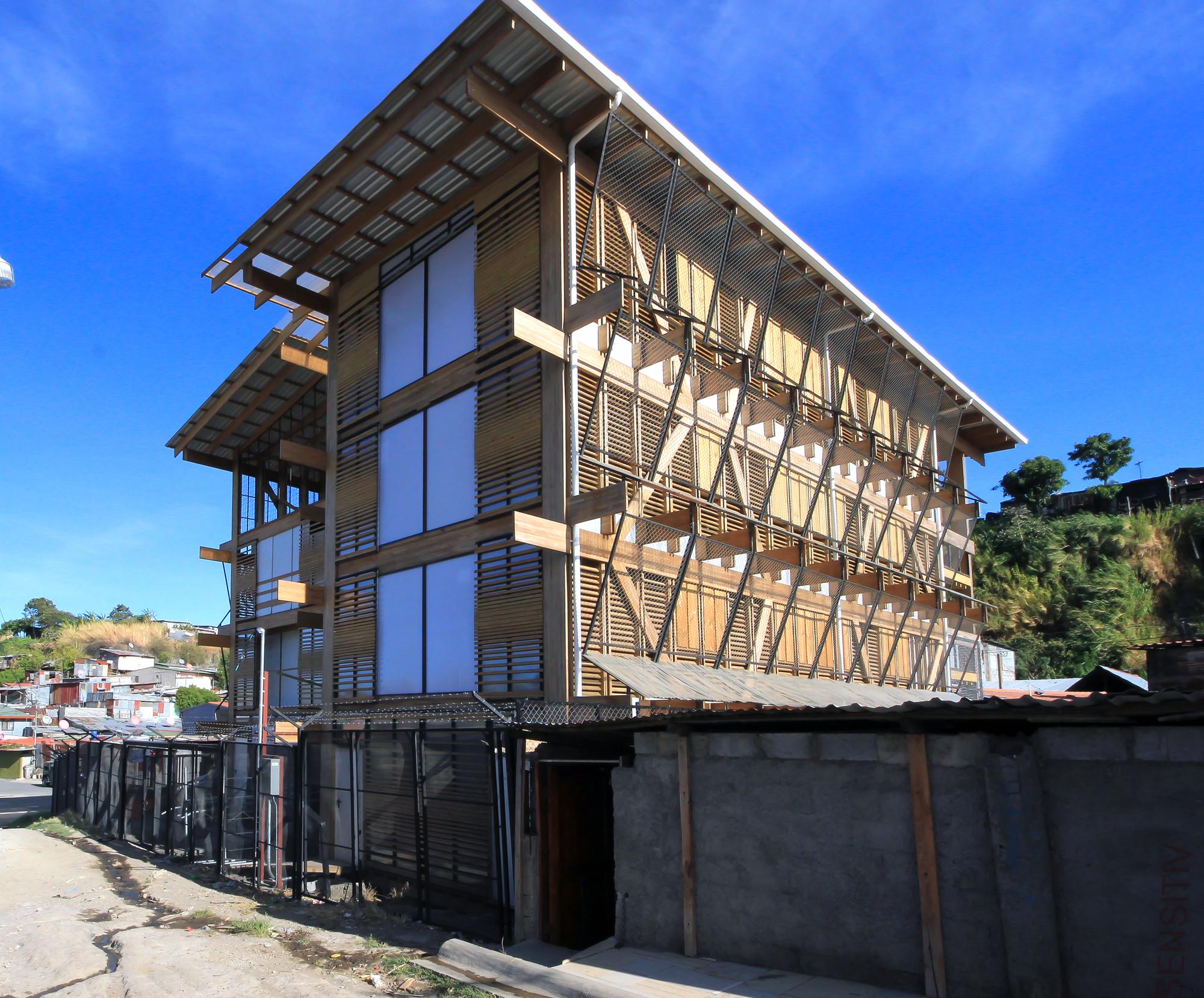 Casa Cañuelas / LN Arquitectura | Plataforma Arquitectura