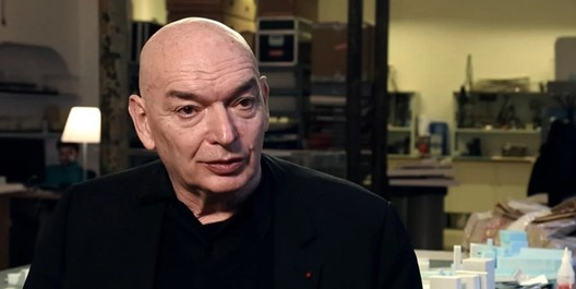 """Image via screenshot from <a href='http://www.archdaily.com/476799/video-jean-nouvel-on-arabic-architecture-context-and-culture'>""""Jean Nouvel: Architecture is Listening"""" video by Louisiana Channel</a>"""