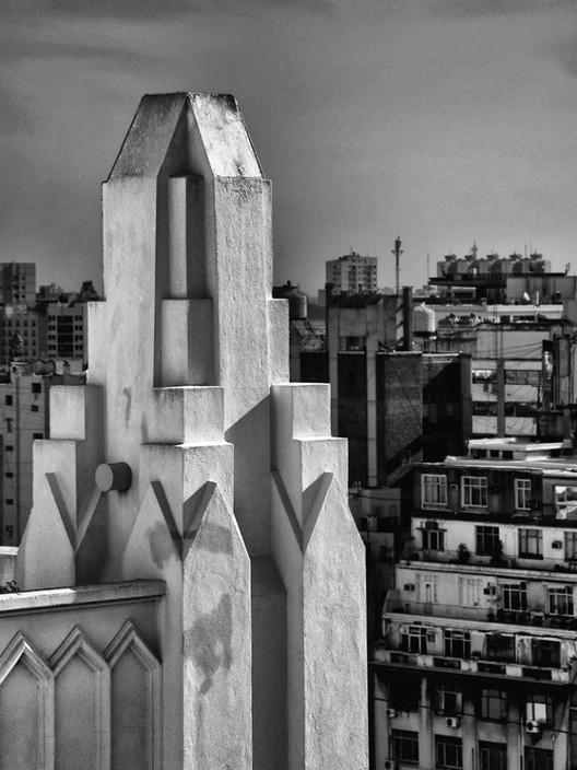 """Maximiliano Brina - 2° premio 2015 """"City hotel"""". Image Cortesía de AdbA"""