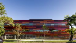 Edificio Corporativo de Oficinas Grupo Santander / BVO ARQ