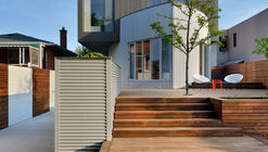The Moos Home / Tampold Architects