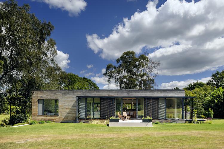 Forest Lodge / PAD studio, © Nigel Rigden