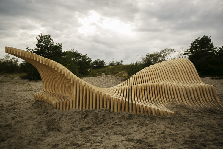 Students at EASA 2016 Transform Nida in Lithuania With Series of Installations, Dream Dune. Image © Alexandra Kononchenko