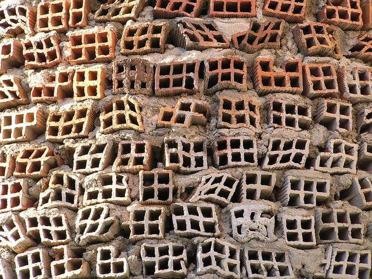 Detalle de los ladrillos. Image © ferper [Flickr], bajo licencia CC BY-NC-ND 2.0