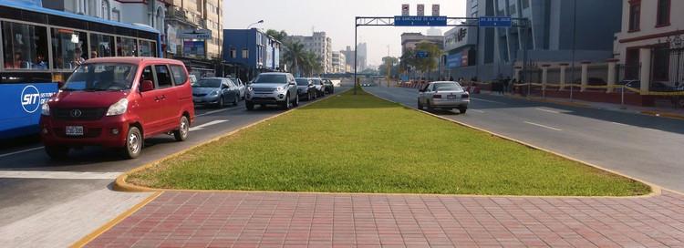 By-pass 28 de Julio. Desarticulación en la ciudad de Municipalidad de Lima. Image © Claudia Hiromoto