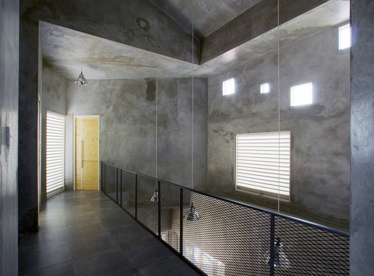 Rumah Miring  / Andyrahman Architect, © Mansyur Hasan