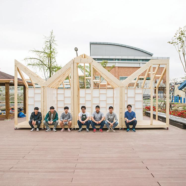 Pabellón Namwon / Boundaries architects +  DUCA Manual house, © Hwang Hyochel