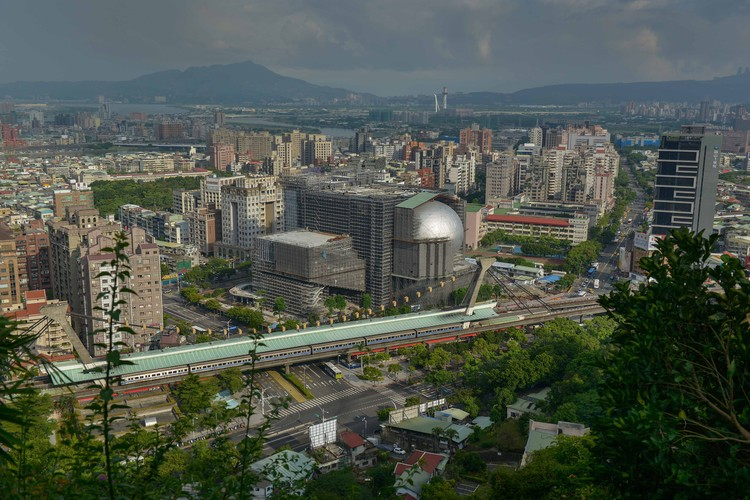 OMA's Taipei Performing Arts Center Facade Unveiled. Image © OMA by Chris Stowers