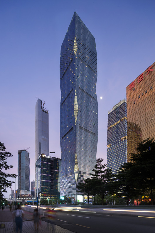 R&F Yingkai Square / Goettsch Partners, © 1st Image
