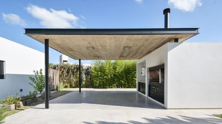 Casa V.A / Development Architectural Group © Gonzalo Viramonte