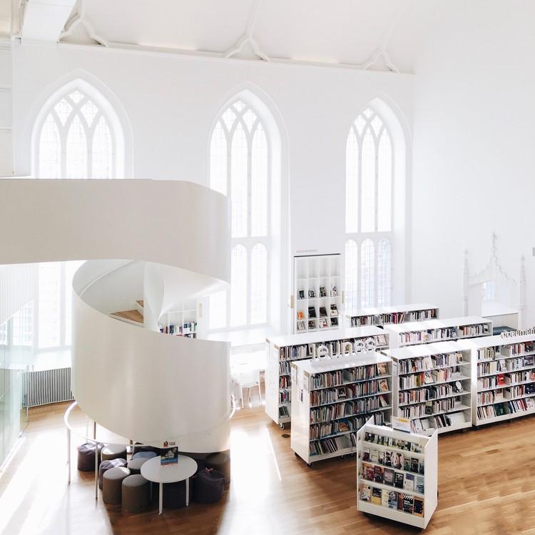 Maison de la littérature Library, Québec. Imagen © Olivier Martel Savoie, @une_olive