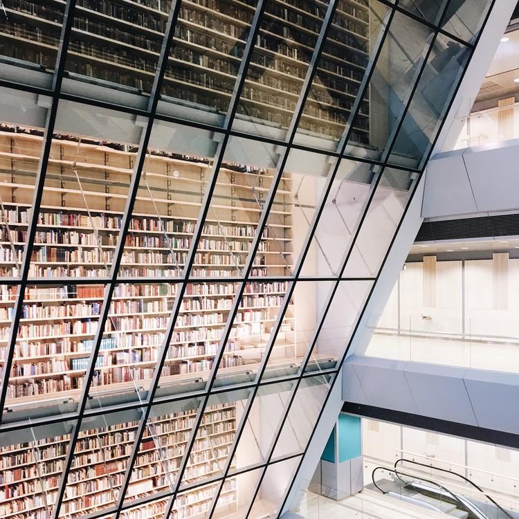 Biblioteca Nacional de Latvia, Riga. Imagen © Olivier Martel Savoie, @une_olive