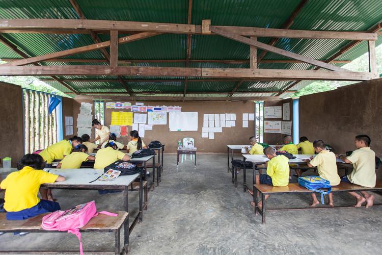 Kwel Ka Baung School / A.gor.a Architect. Image Cortesía de Agora Architects